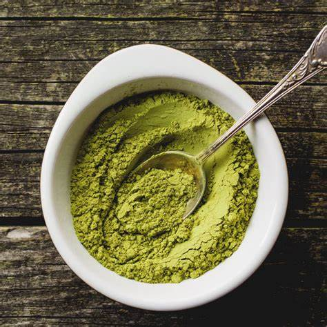 How long should you wait to eat after taking Kratom?